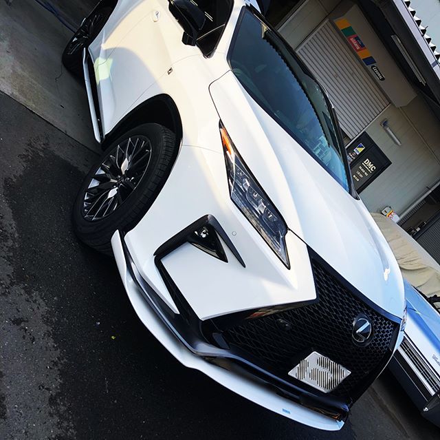 Lexus RX FsportsARTISAN Spirits Bodykit 取り付け️カーボンパーツもテロテロですw各部ブラックアウトありがとうございました️ #lexus #rx #lexusrx #artisan #artisanspirits #千葉 #千葉北 #dmc #レクサス #板金塗装 #carbon #カーボン