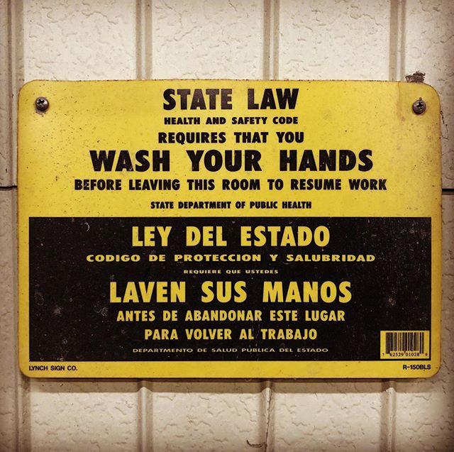 Wash your hands!このプレート付けて数年はじめて役に立った⁇まだまだ油断しちゃダメですね!#covid19 #武漢肺炎 #新型コロナウイルスに負けるな